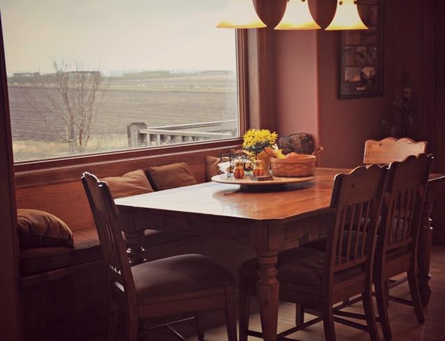 rural kitchen, farm kitchen, kitchen table